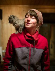 Eveline mit Kätzchen