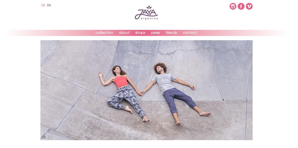 Bei Jaya findet sich faire Yogawear für Frauen und Männer