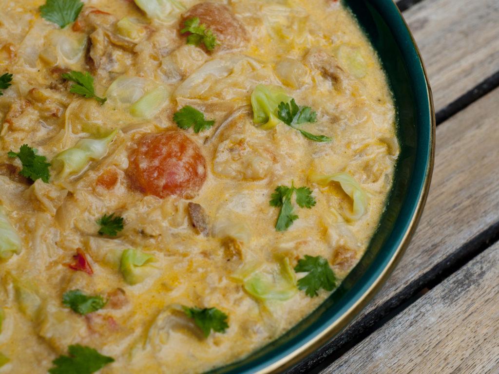 Werde-Magazin Aprikosen Spitzkohl Curry