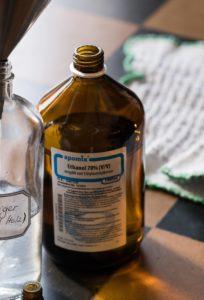 Putzmittel Inhaltsstoffe Ethanol Hausmittel