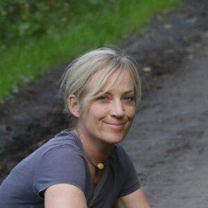Miriam Schulz erdwege Wildnispädagogik Naturvebindung