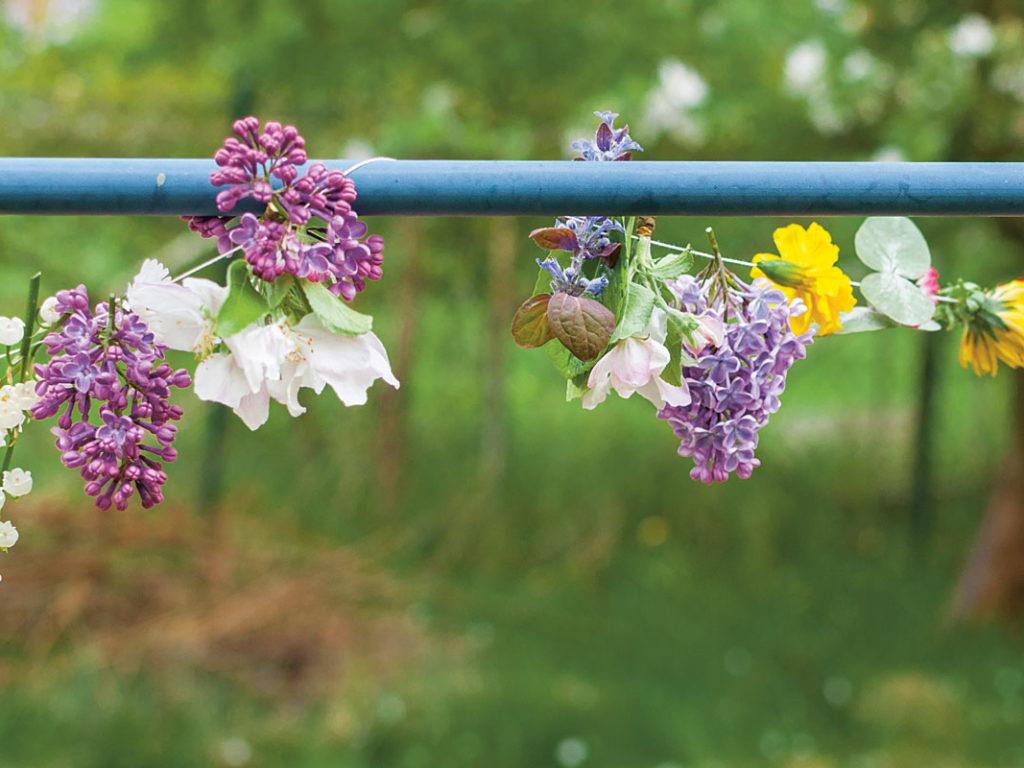Blütengirlande